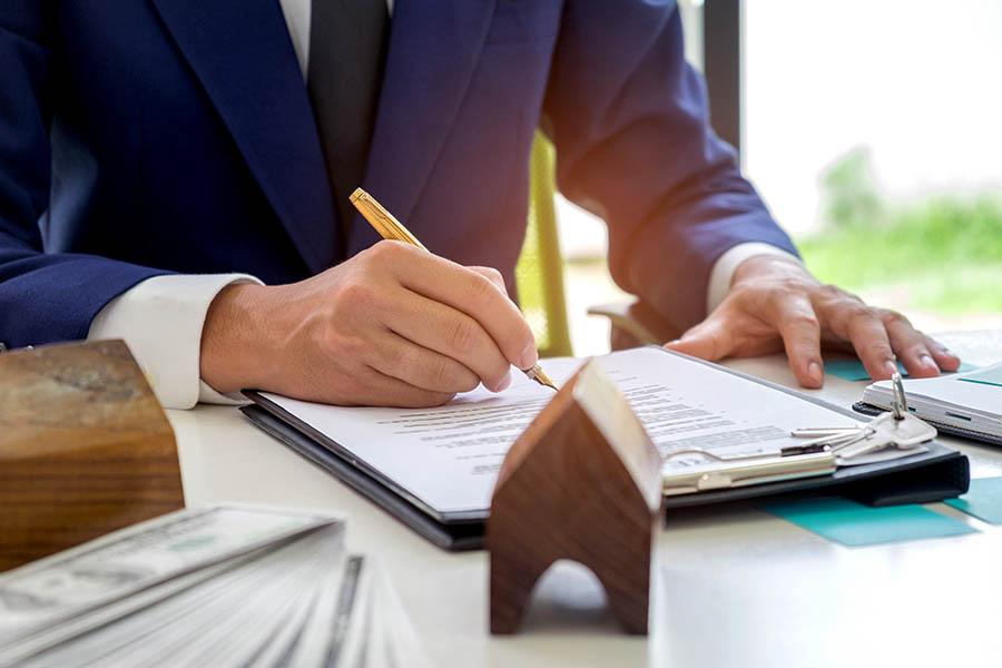 Jak sprzedać współwłasność ze spadku lub darowizny od bliskich